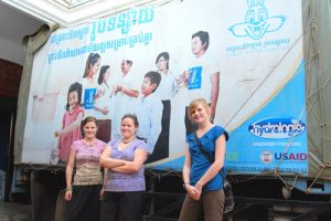 Haley, Shannon and Stephanie with Hydrologic's delivery truck